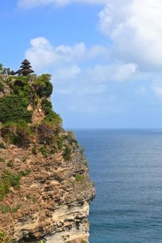 Going to Bali? Don't Miss These 10 Temples: Pura Luhur Uluwatu