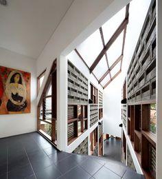 Distort House   Nhà ở Jakarta, Indonesia – TWS & Partners [Updated]   KIẾN TRÚC NHÀ NGÓI