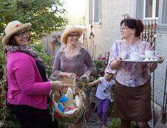Die Dame mit dem schönsten Hut gewinnt eine Übernachtung für 2 Personen im Cottage-Holiday.