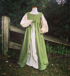 Girls Renaissance dress girls chemise medieval renaissance