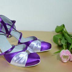 Farebné svadobné topánky - Barevné svatební boty, colour wedding shoes, fialová, Sandals, Shoes, Fashion, Moda, Shoes Sandals, Zapatos, Shoes Outlet, Fashion Styles, Shoe