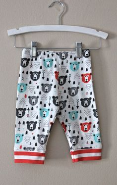 Super soft premium ORGANIC COTTON KNIT baby leggings. Each pair is made to order with customizable finishes. This pair can include a straight hem or
