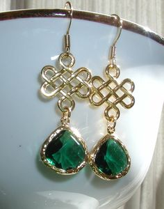 Emerald Green Dangles Earrings with Irish Knot by luvswoodencars2