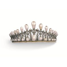 christiesjewels @TBT to 13 May 1981 when this important and historical pearl and diamond tiara was sold at Christie's. For those who read ''Christie's - The Jewellery Archives Revealed'' you may wonder why this tiara was featured on the cover?  It is one of the most copied tiara designs to date, so very famous. Indeed, a copy of this very tiara was made at the request of Queen Mary and then of Amalia of Oldenburg, Princess Youssoupov, Princess of Bourbon and finally of the Maharani of…