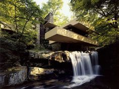 Fallingwater, Frank Lloyd Wright, 1939, Mill Run, Pennsylvania, USA