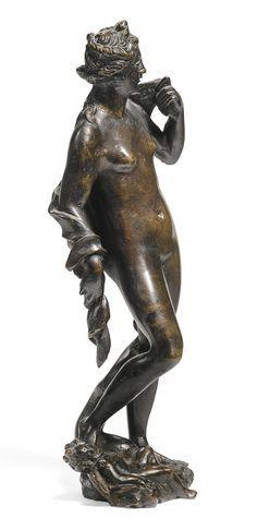 After a model by Tiziano Aspetti (1559-1606) Italian, Venice, circa 1600 VENUS AND CUPID1.jpg (971×2000)