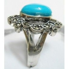 7.770 Grms 925 Sterling Silver Turquoise Ring with Marcasite Stone