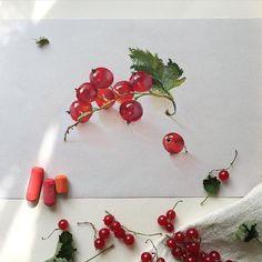 Красная смородинка #пастель #смородина #ягоды #краснаясмородина #лето #арт #иллюстратор #иллюстрация #artist #softpastel #softpastels #currant #redcurrant #art_spotlight