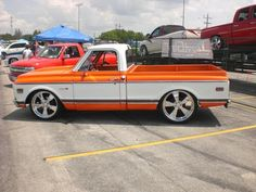 Pics of Orange and white trucks? - The 1947 - Present Chevrolet & GMC Truck Message Board Network Custom Pickup Trucks, Chevy Pickup Trucks, Classic Chevy Trucks, Gm Trucks, Cool Trucks, Classic Cars, Dually Trucks, Lifted Trucks, 79 Chevy Truck