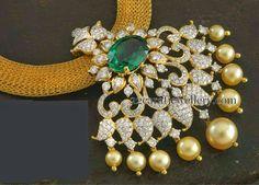 Jewellery Designs: Unique Pendant with Mesh Chain