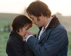 """Stolz und Vorurteil    Mr. Darcy (Matthew Macfadyen) zu Lizzy (Keira Knightley): """"Ich sollte dir sagen, dass du mich ganz und gar verzaubert hast und dass ich dich liebe, liebe, liebe."""""""