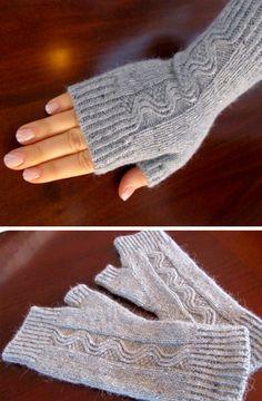 Nalu Mitts - Free Pattern - Knitting for beginners,Knitting patterns,Knitting projects,Knitting cowl,Knitting blanket Crochet Mittens, Fingerless Mittens, Knitted Gloves, Free Crochet, Knit Crochet, Crochet Patterns For Beginners, Knitting For Beginners, Knitting Patterns Free, Free Knitting