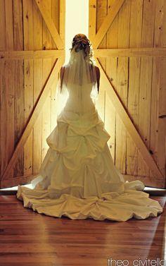 Beautiful Bride Picture Idea