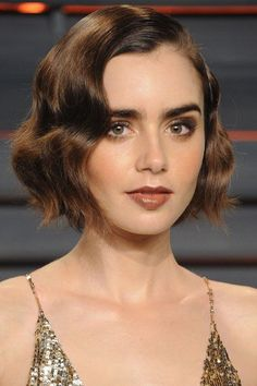 Today we have the most stylish 86 Cute Short Pixie Haircuts. We claim that you have never seen such elegant and eye-catching short hairstyles before. Pixie haircut, of course, offers a lot of options for the hair of the ladies'… Continue Reading → Celebrity Short Hair, Celebrity Haircuts, Short Pixie Haircuts, Short Hairstyles For Women, Short Vintage Hairstyles, Bob Wedding Hairstyles, Fall Hairstyles, Bob Haircuts, Very Short Hair