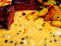 The best pepper-cognac cream sauce, a popular recipe with a picture from the sauces category. 4 ratings: Ø Tags: cooked, sauces The best pepper-cognac cream sauce, a popular recipe with a picture from the sauces category. 4 ratings: Ø Tags: cooked, sauces Pork Chop Recipes, Burger Recipes, Grilling Recipes, Sauce Recipes, Chef Steak Recipe, Fajita Recipe, Sauce A La Creme, Couscous Recipes, Paneer Tikka