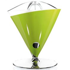 Bugatti Vita Citrus Juicer - Green - Gifts for the Home Fruit Juicer, Citrus Juicer, Eclectic Kitchen, Specialty Appliances, Green Kitchen, Small Kitchen Appliances, Italian Style, Bugatti, Tableware