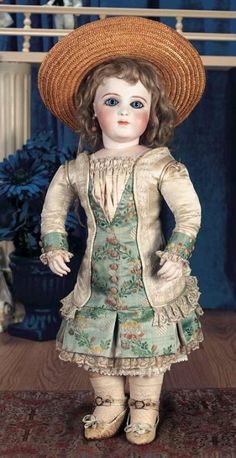 Puppen & Spielzeug Museum: 512 Beautiful French Bisque Bebe Brevete by Leon Casimir Bru