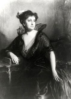 Adela de Atucha de Gramajo, by de Laszlo painted in London in 1912, she was a lady from the Argentine society, the portrait is apparently lost