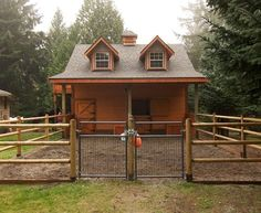 Very cute gable horse barn with paddock!