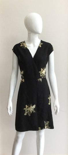 Refresh your wardrobe with these gorgeous new arrivals! Short Sleeve Dresses, Dresses With Sleeves, Wrap Dress Floral, French Connection, Formal Dresses, Collection, Black, Fashion, Dresses For Formal