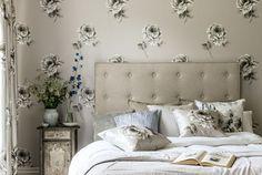 7-Waterperry-Wallpapers-Roses-Bedroom