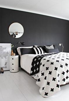Pia Wallen cross blanket white black