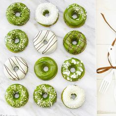 Y unas Donuts de #TéMatcha? Este increíble té verde entre sus muchas propiedades te da energía durante el día Compras con envío a domicilio en www.matchachile.cl o bien desde nuestra tienda oficial en @despensamodular ------ #matcha #love #donuts #donas #dulce #vidasana #antioxidantes #energía #rico #hambre #téVerde #chile