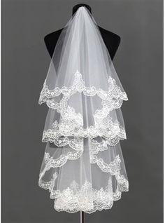 One-tier Waltz Bridal Veils With Lace Applique Edge (006013292) - JJsHouse