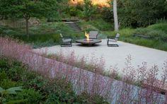 Garten im Schatten gestalten - mit schattenliebenden Stauden und Sträuchern