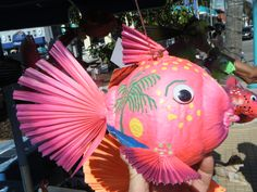 Posts about hand painted coconuts written by Fish Crafts, Crafts To Make, Crafts For Kids, Palm Frond Art, Palm Fronds, Coconut Decoration, Puerto Rico, Coconut Shell Crafts, Coconut Fish