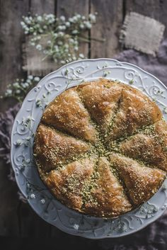 Wonderful, unique and surprising orange and vanilla baklava cake. Russian food r… Wonderful, unique and surprising orange and vanilla baklava cake. Russian Dishes, Russian Recipes, Strudel, Vegan Birthday Cake, Cake Recipes, Dessert Recipes, Eastern Cuisine, Middle Eastern Recipes, Vegan Cake