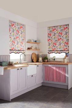 Use bright patterns and mix plain pastel colours to create the perfect shabby chic inspired country kitchen. Use natural wood worktops mixed with painted wood panelling and cabinets in a highlighted shade within a pattern. Made to measure roller blinds would be great for this especially in our Tabitha Pink fabric use shaped edges and trim to really finish off the look.