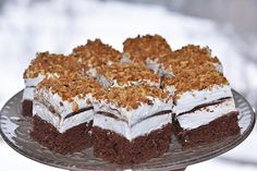 Fantázia... Maxi King, Tiramisu, Caramel, Cake, Ethnic Recipes, Food, Mascarpone, Experiments Kids, Kid Pictures