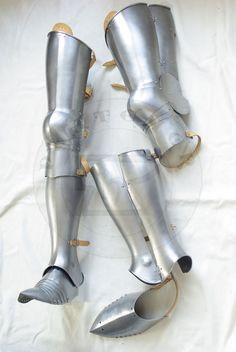 pełne bigwanty płytowe koniec XIV w./complete leg harness late XIV c.