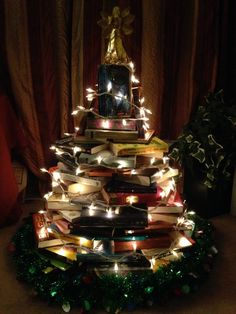 How to DIY 8 Different Bookish Christmas Trees Quirk Books : Publishers & Seekers of All Things Awesome Christmas Tree Out Of Books, Little Christmas Trees, Xmas Tree, Winter Christmas, All Things Christmas, Christmas Holidays, Christmas Crafts, Christmas Ideas, Homemade Christmas Decorations