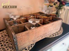 Simply Salvaged: A Repurposed Crate & My Dining Room Makeover. Vintage Farmhouse, Farmhouse Decor, Home Projects, Projects To Try, Wooden Crates, Decorating Blogs, Home Brewing, Repurposed, Sweet Home