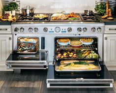 "How many delectable dishes would you whip up with the new Thermador 60"" Range?"