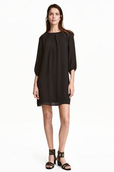 Robe noire by H&M