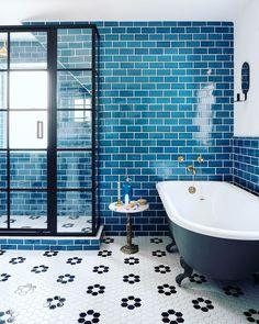 Mosaic Bathroom, Bathroom Floor Tiles, Bathroom Colors, Colorful Bathroom, Wall Tile, Bathroom Ideas, Hex Tile, Tile Floor, Bathroom Remodeling
