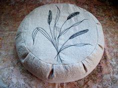 "Meditation Cushion. Zafu. Round Floor Pillow. Buckwheat Hulls. Machine stitched reeds. 15"" dia. x 5""H. Sidewall Velcro Closure. Handmade USA by ZafuChi on Etsy"