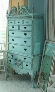 i have almost the exact dresser im getting ready to re-do. love this color
