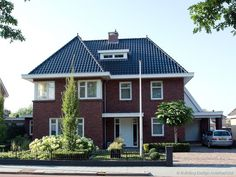 Style At Home, Holland House, Brick Architecture, Building Design, Beautiful Homes, Sweet Home, New Homes, Home And Garden, House Design