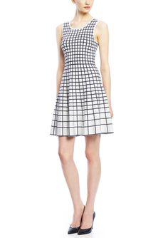 On ideel: SIONI Sleeveless Knit Geo Dress