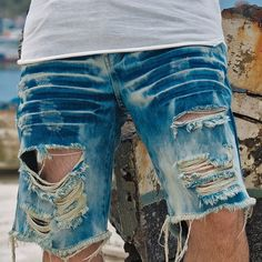Casual Man, Torn Jeans, Destroyed Jeans, Diy Clothes, Jean Shorts, Surf, Mens Fashion, Book, How To Wear