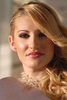 Νυφικό Χτένισμα,Ν. Θεσσαλονίκης,L΄ Atelier  www.gamosorganosi.gr Make Up, Artists, Atelier, Makeup, Beauty Makeup, Bronzer Makeup, Artist