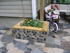 mosaic on cinder blocks