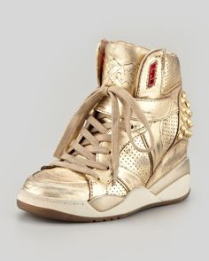 5-ash-freak-metallic-studded-sneaker-gold