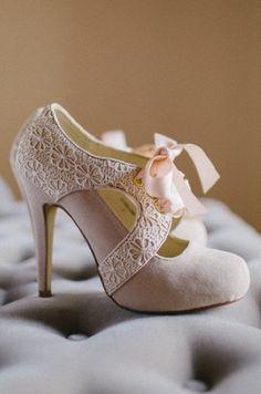 Gorgeous crochet detail town shoe fashion