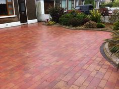 garden by driveway | GARDEN IDEAS:Driveways and Paving with the Ashbrook Team