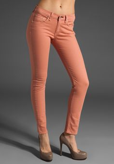 These are similar/may actually be the salmon colored jeans that Rachel Bilson wore in her interview at Fox. Perfect for summer. Shades of pink baby!